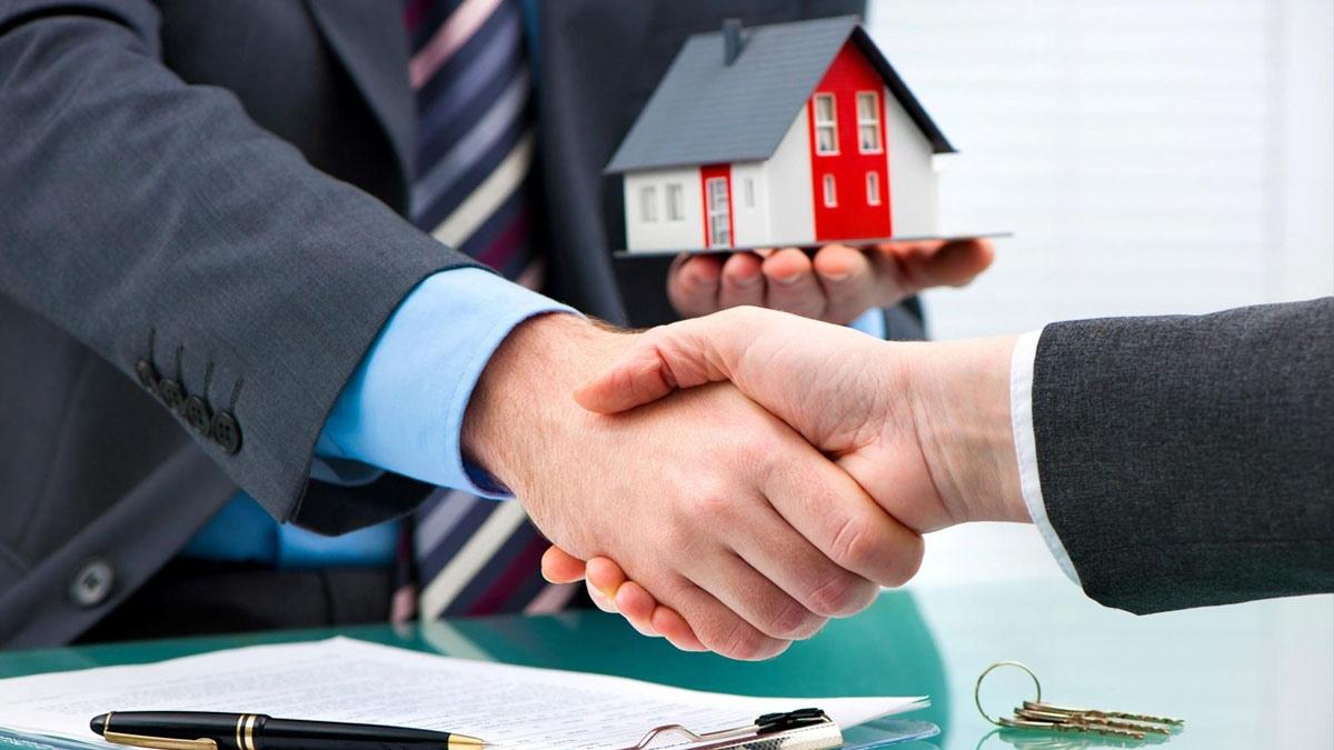 Как происходит продажа доли в доме другому собственнику