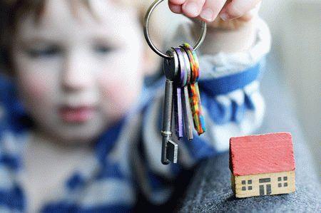 Можно ли подарить квартиру несовершеннолетнему внуку