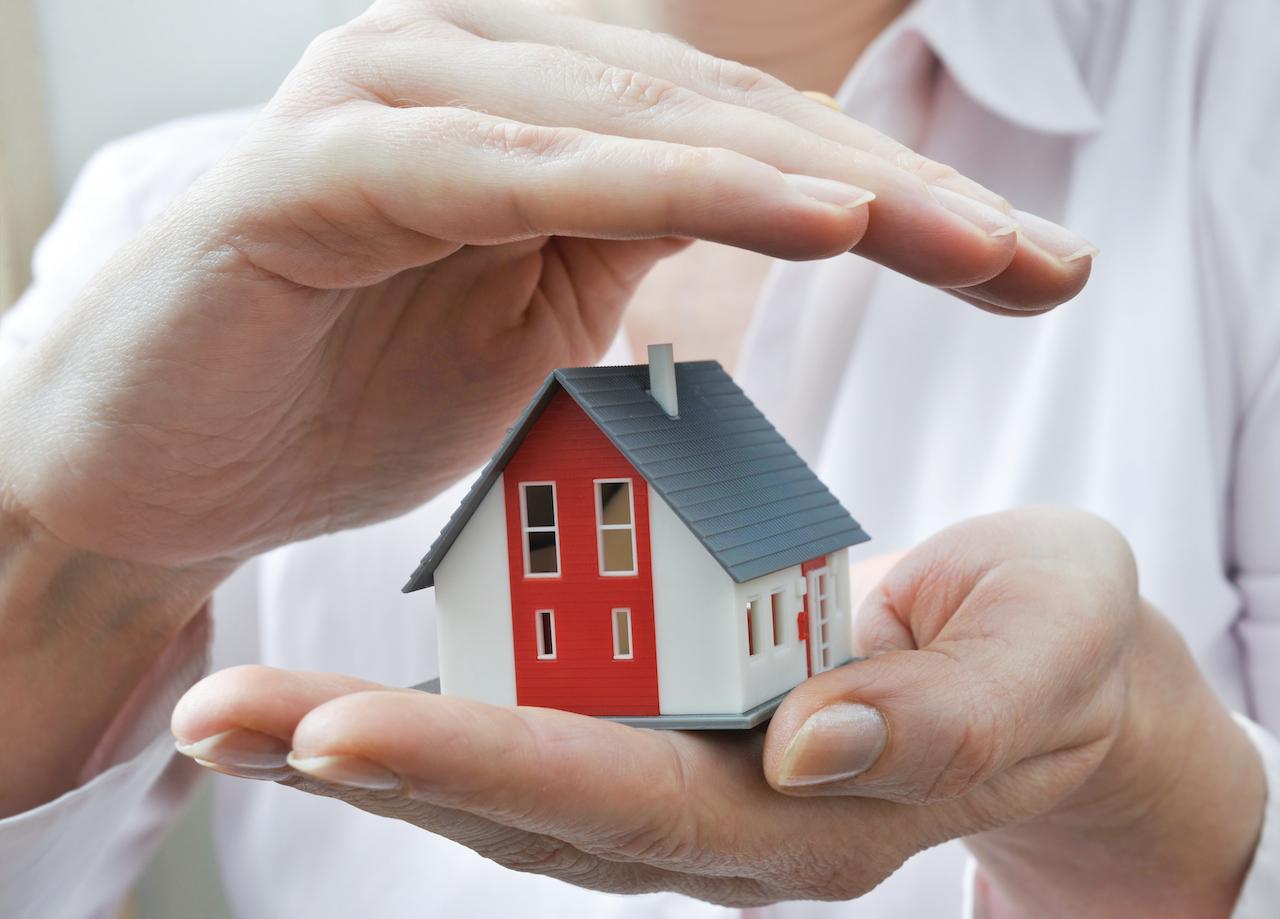 Можно ли подарить квартиру в ипотеке родственнику